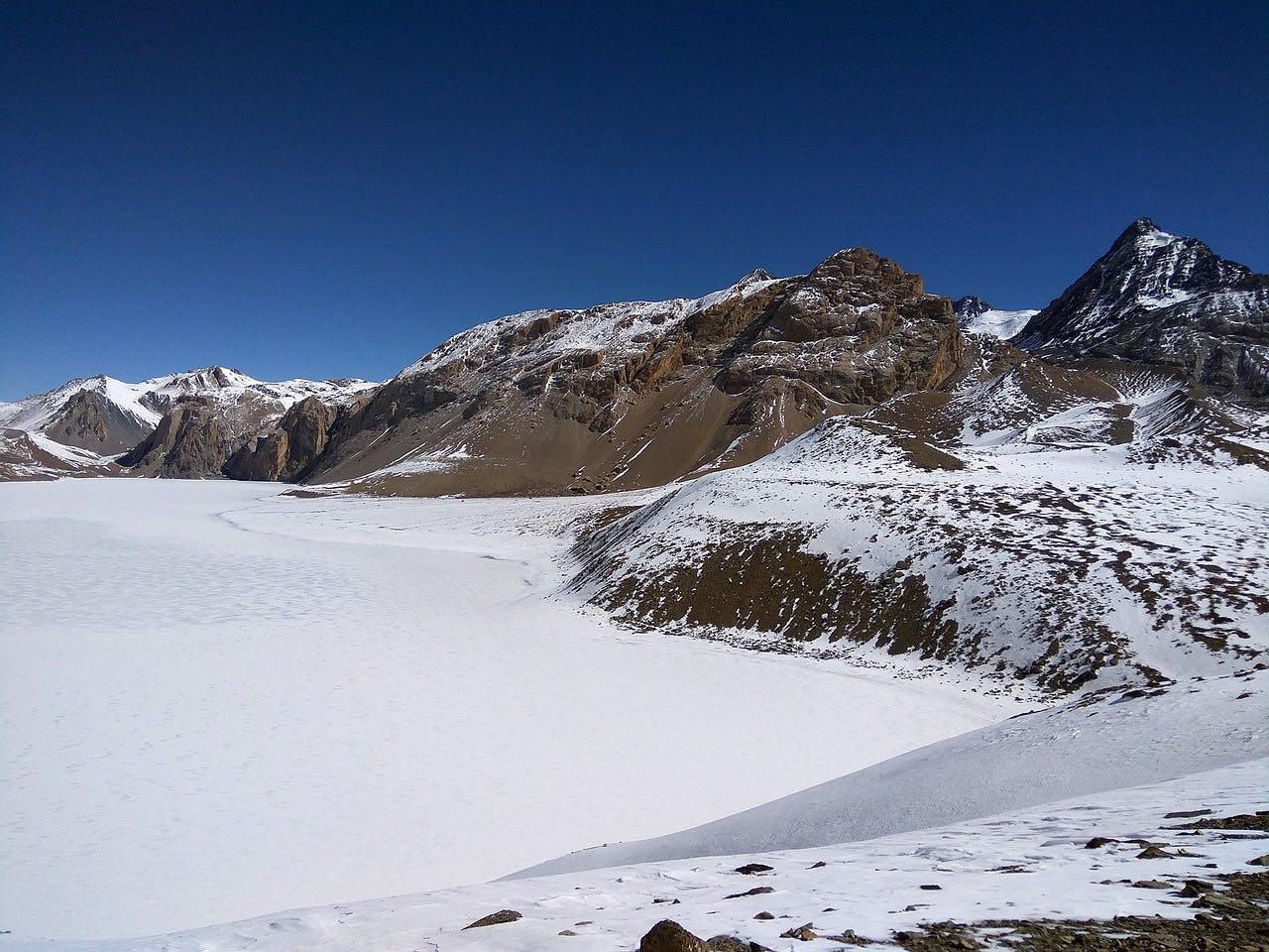 Frozen Lake Tilicho_Nepal_Himalayas_PD
