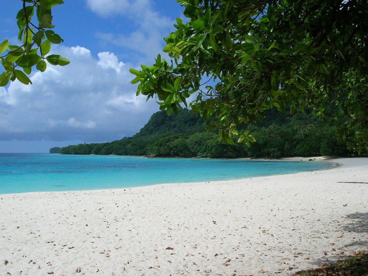 Vanuatu Champagne Beach