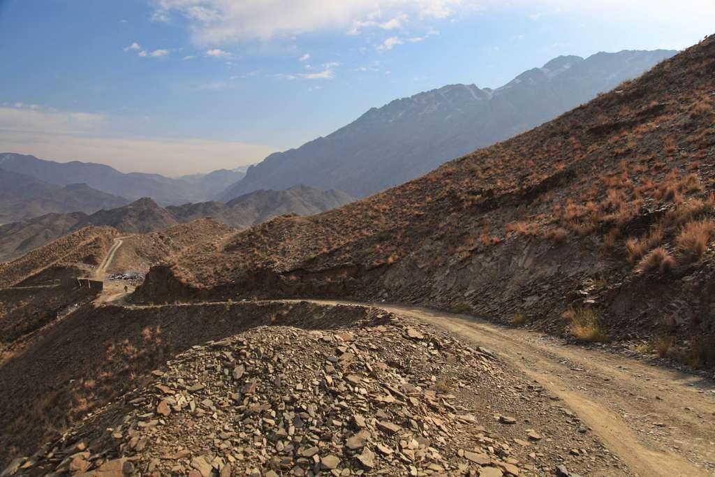 afghanistan-remote-road-hills