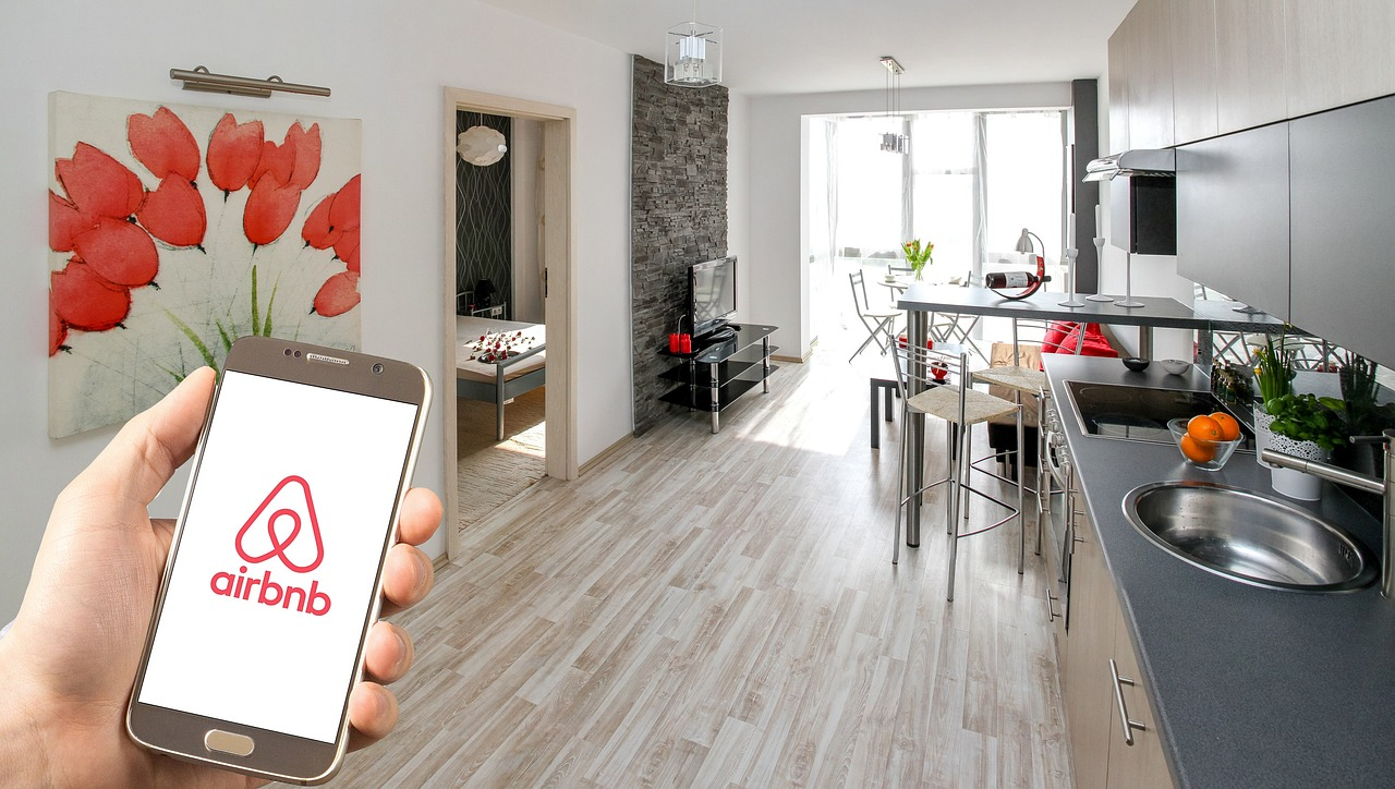 airbnb_travel_lodging_PD