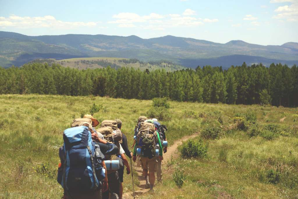 hiking-hikers-backpacks-backpacking_PD