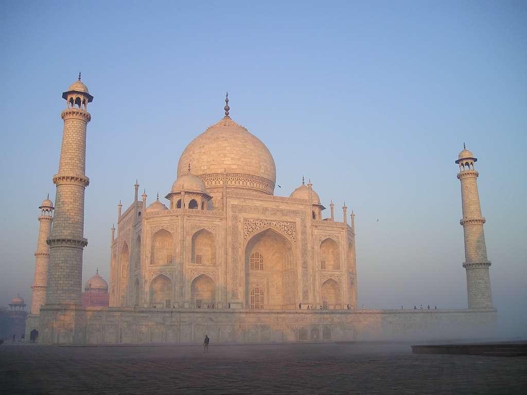 taj-mahal-india-agra-tomb-grave_PD