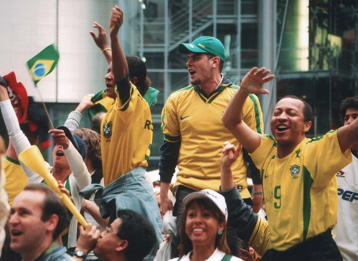 Image_brazilian_football_fans