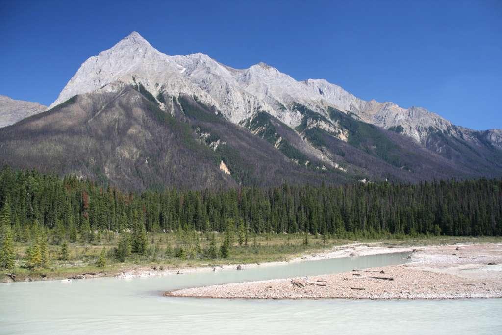 1200px-yoho_national_park_of_canada_CC