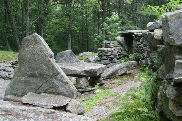 Image_America's_Stonehenge