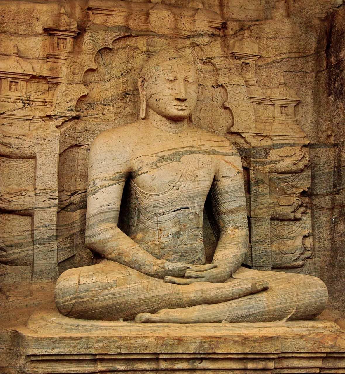 Sri Lanka_Lord Buddha_Statue_PD