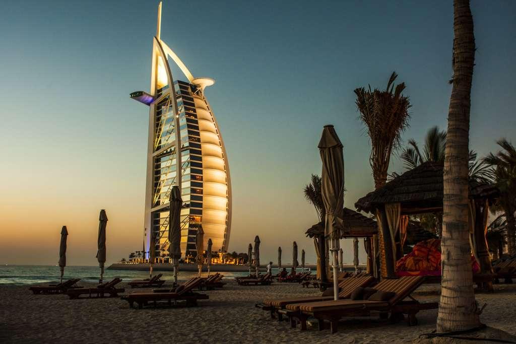 burj-al-arab-dubai-hotel_PD