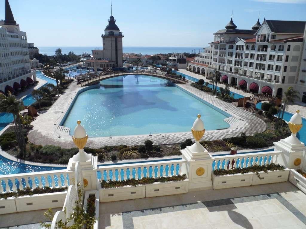 image_mardan_palace_turkey_CC