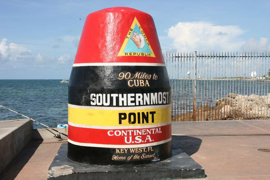 key-west-southernmost-point-usa_PD