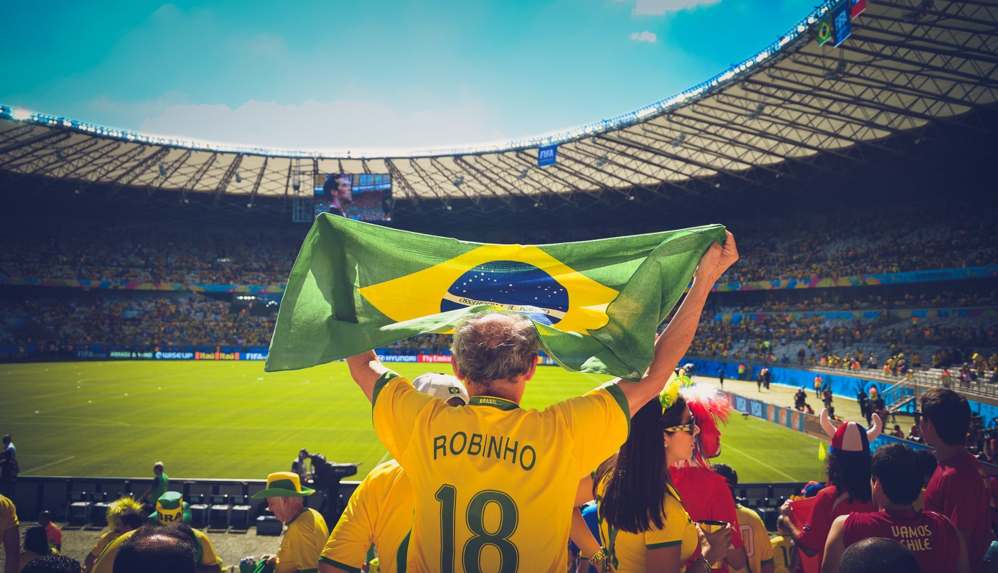 Image_Global_Cultural_Ambassador_Kareem_Abdul-Jabbar_Poses_for_a_Photo_With_Young_Brazilians