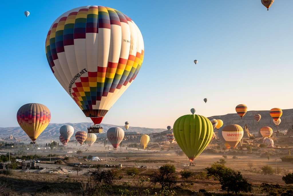 воздушные-шары-восход-каппадокия_PD