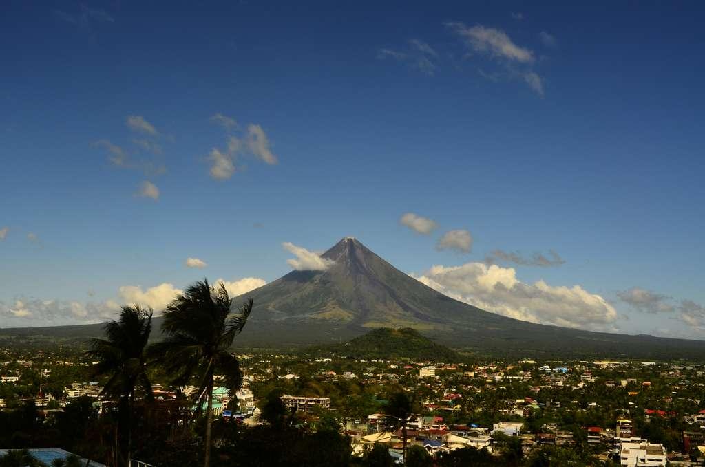 вулкан-майон-филиппины-природа_PD