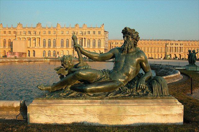 Image_Le_Château_de_Versailles_au_coucher_du_soleil