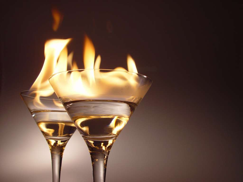 Image_flaming_cocktails_CC