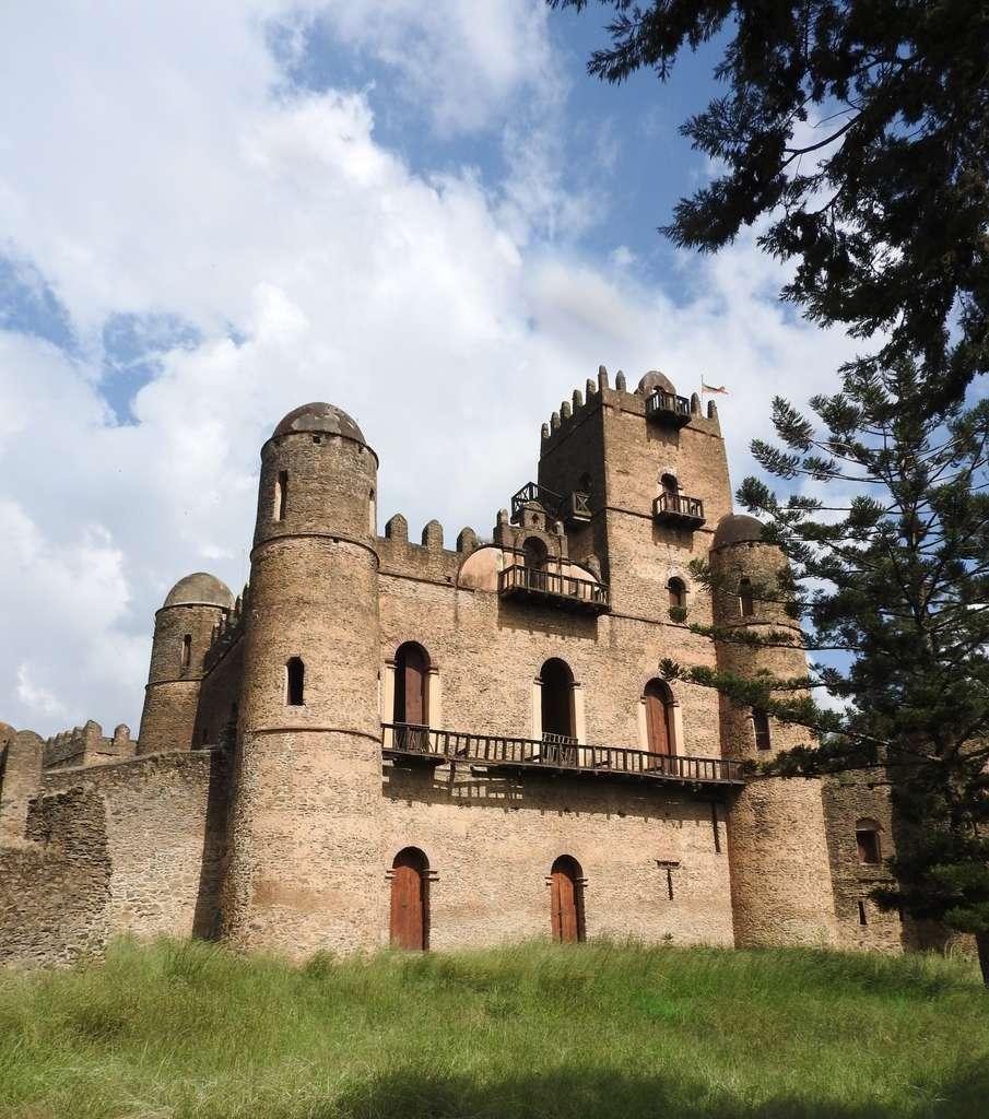 gondar-ethiopia-ruins_PD