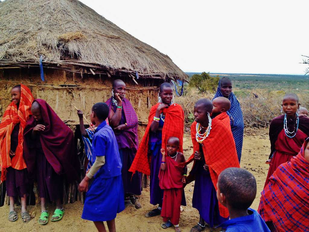 massai-people-tanzania-boma-africa_PD