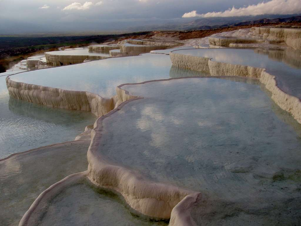 pamukkale-lime-sinter-terrace-swim_PD