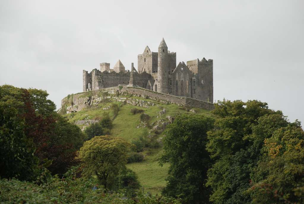 rock-of-cashel-tipperary-irealnd_PD