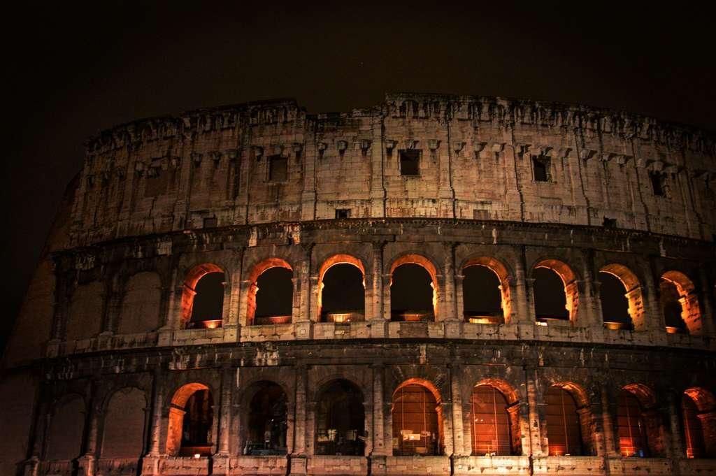 rome-italy-colosseum-roma-italia_PD