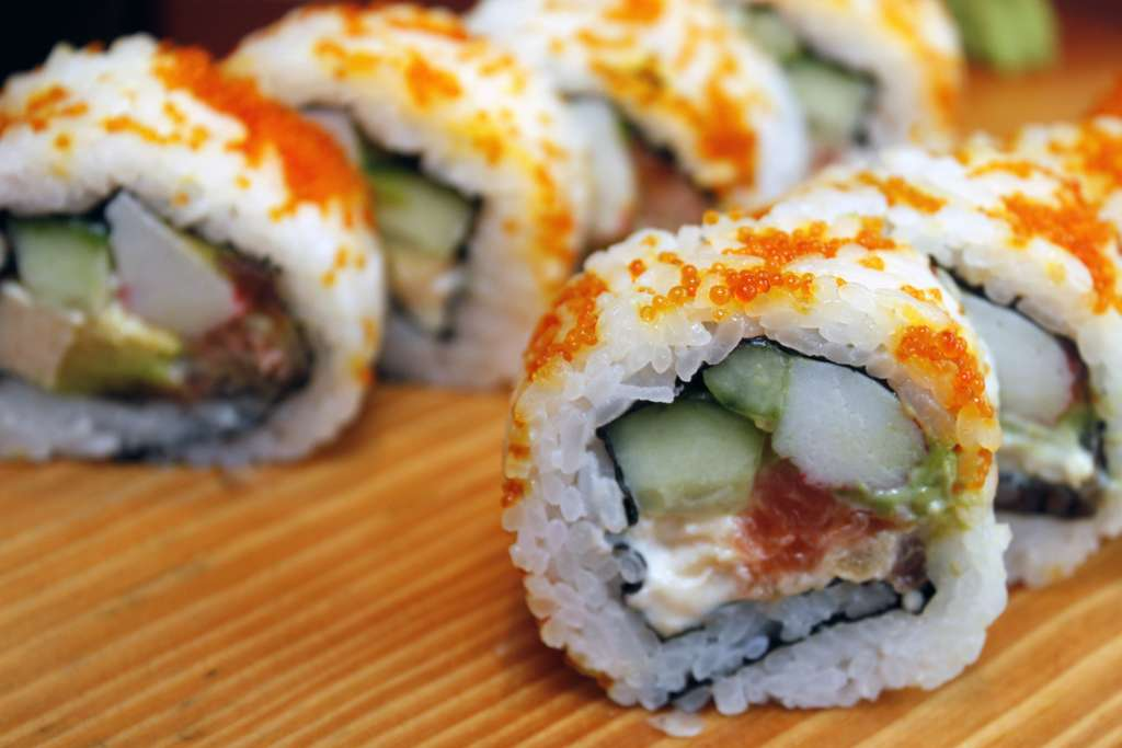 sushi-japanese-delicious-asian_PD