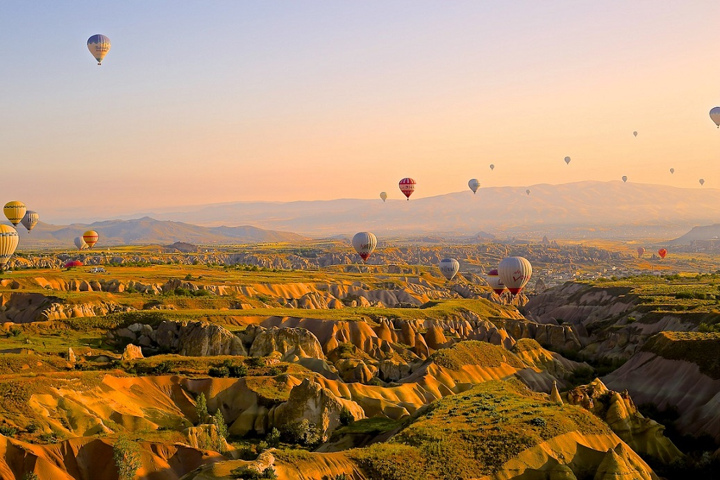 Hot air ballons in Cappadocia Turkey_PD