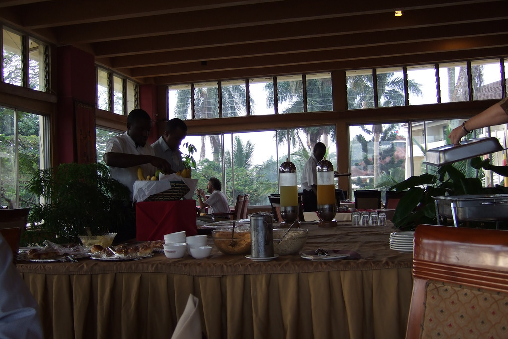 uganda-hotel-food