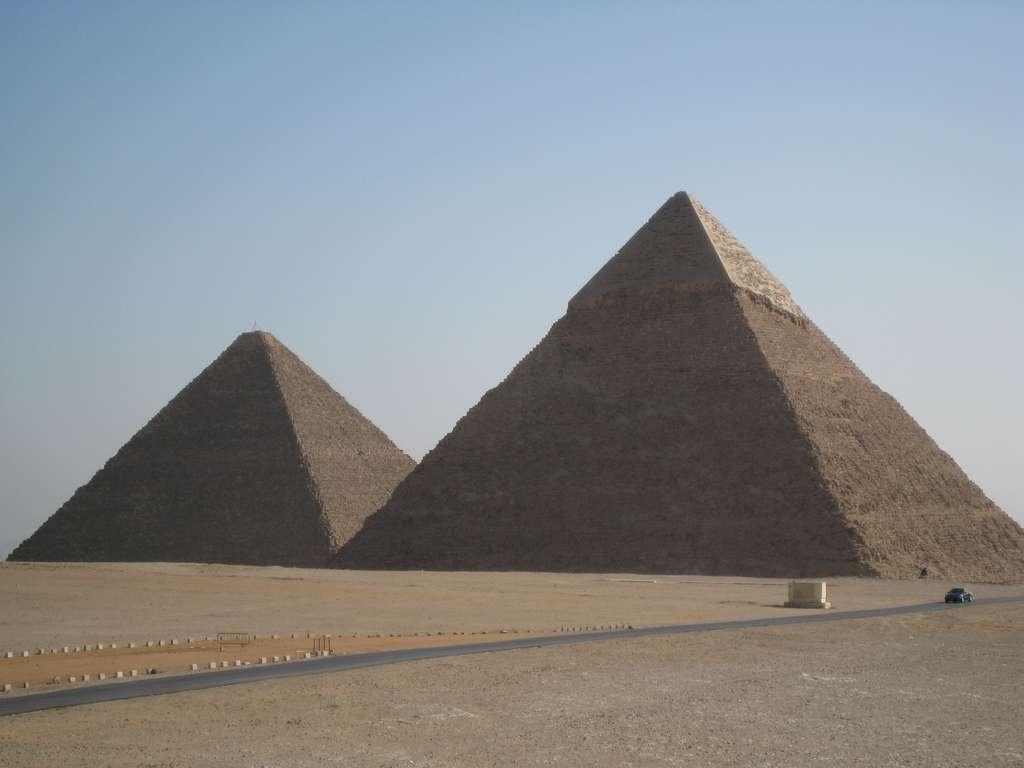 египет-пирамиды-гиза-древние_PD