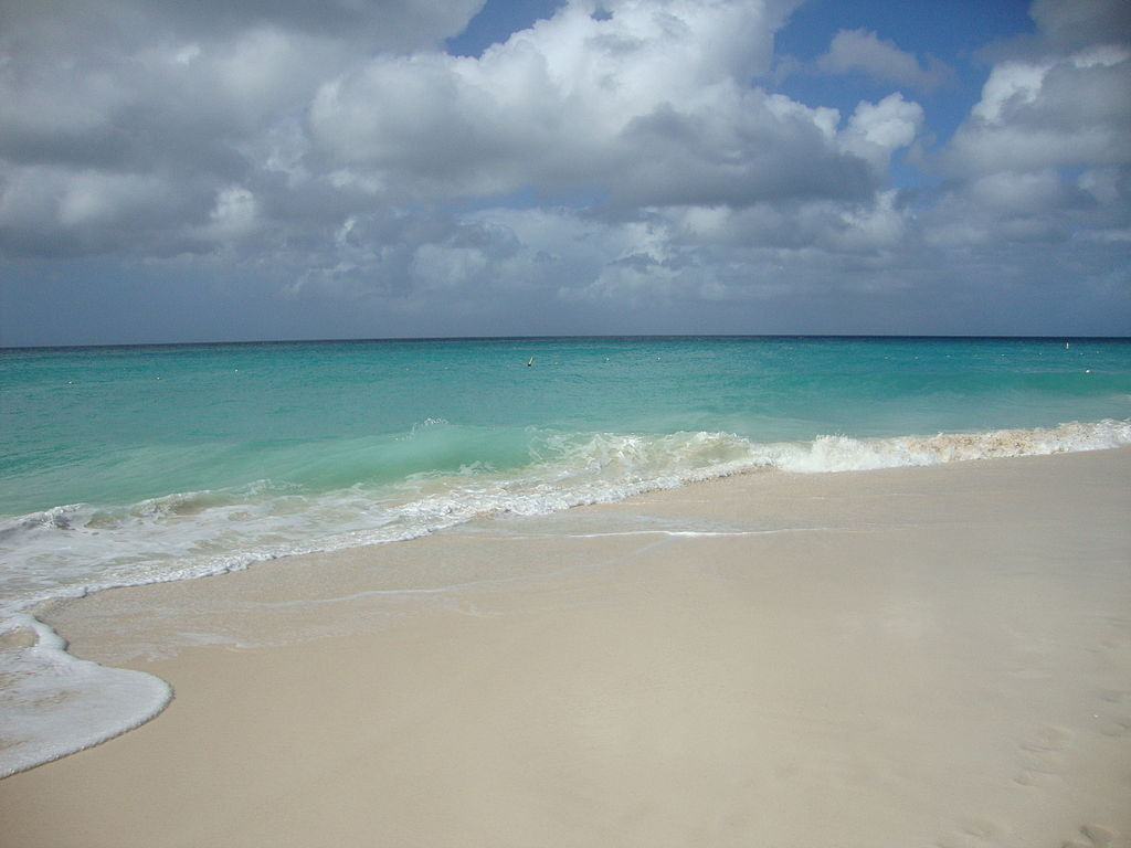 image_eagle_beach_oranjestad_aruba