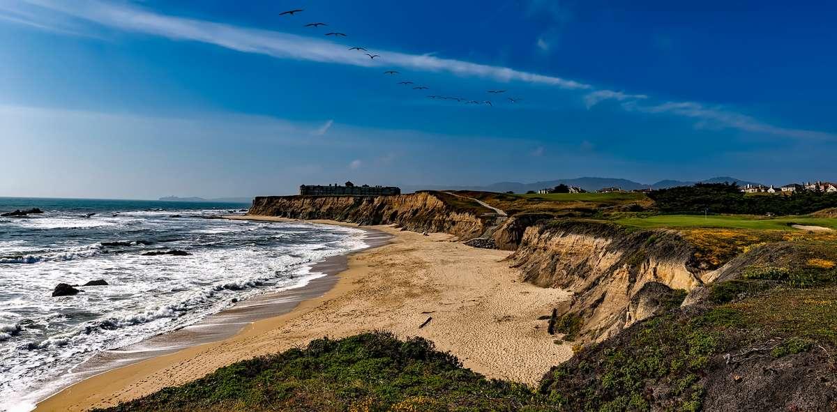 half-moon-bay-california-sea-ocean_PD1