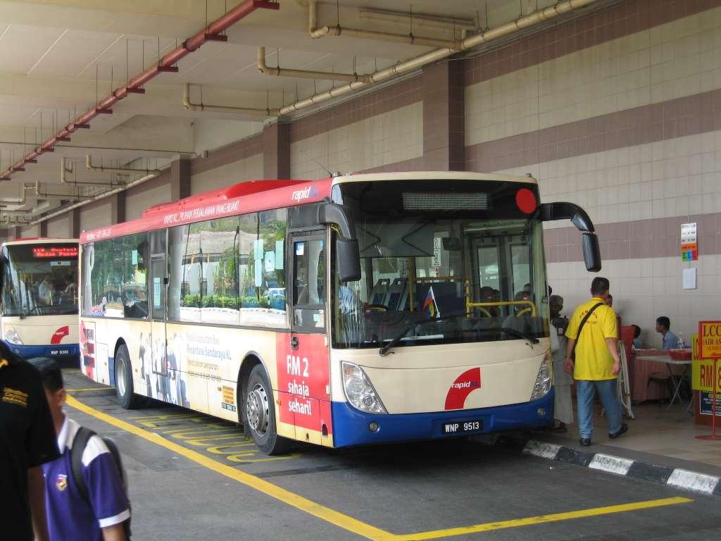 Kuala-Lumpur-Hop-On-Hop-Off-tour-bus-city-tour-free-malaysia_PD
