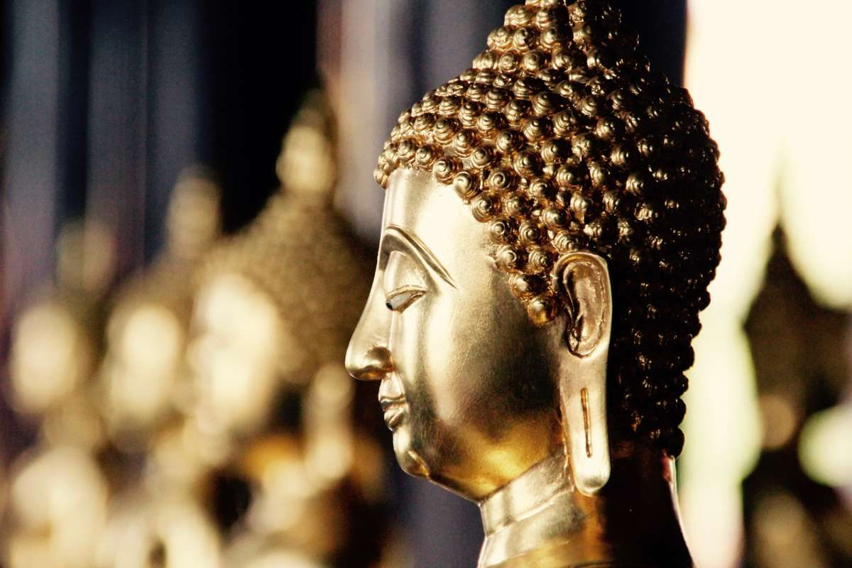 bangkok-buddha-gold-meditation_PD