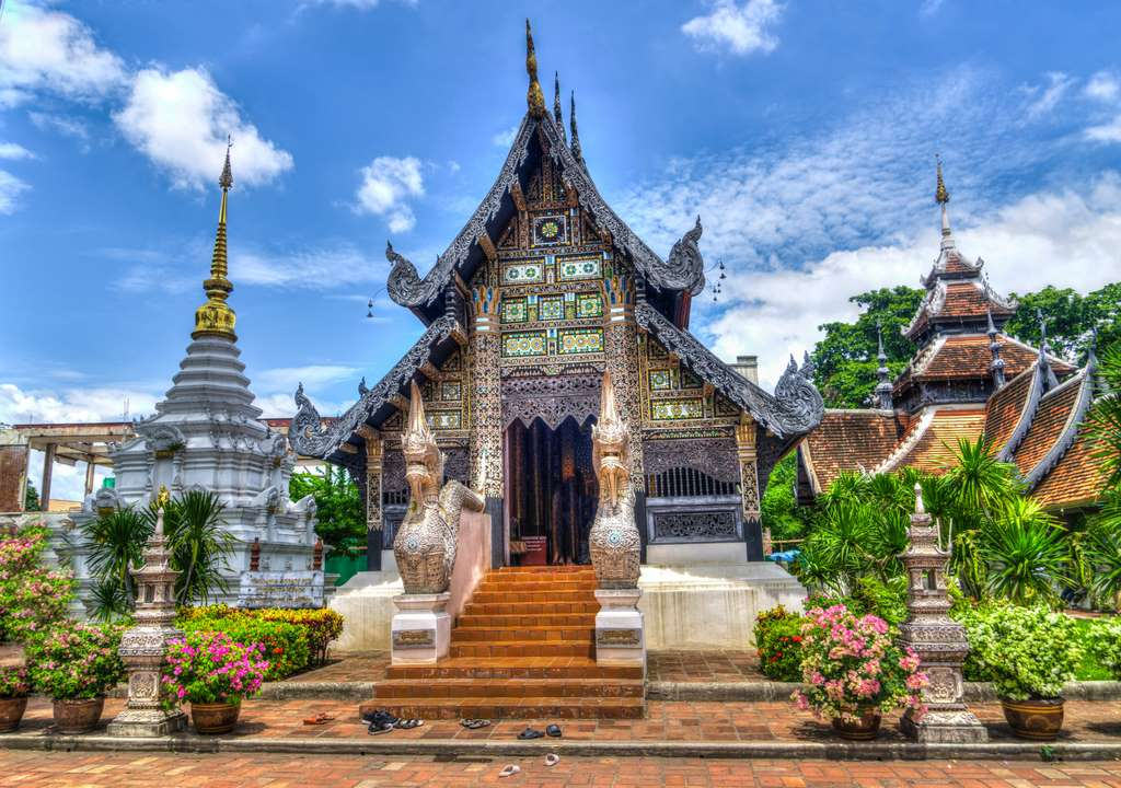 chiang-mai-thailand-temple-religion_PD