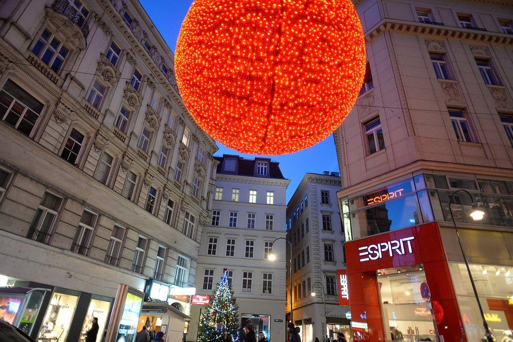 new_year-decoartion-of-the-streets-vienna-austria-central-europe