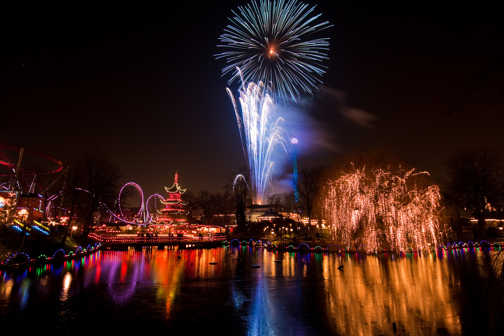 capital-copenhagen-cityhall_square-fireworks-new_year-denmark CC