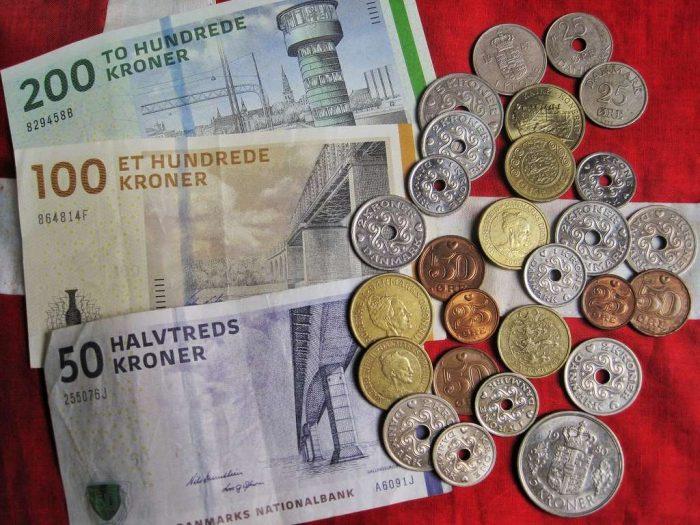 danish-currency-danish-kroner_danish coins_money_bills_oresund_denmark_metal_unique_PD