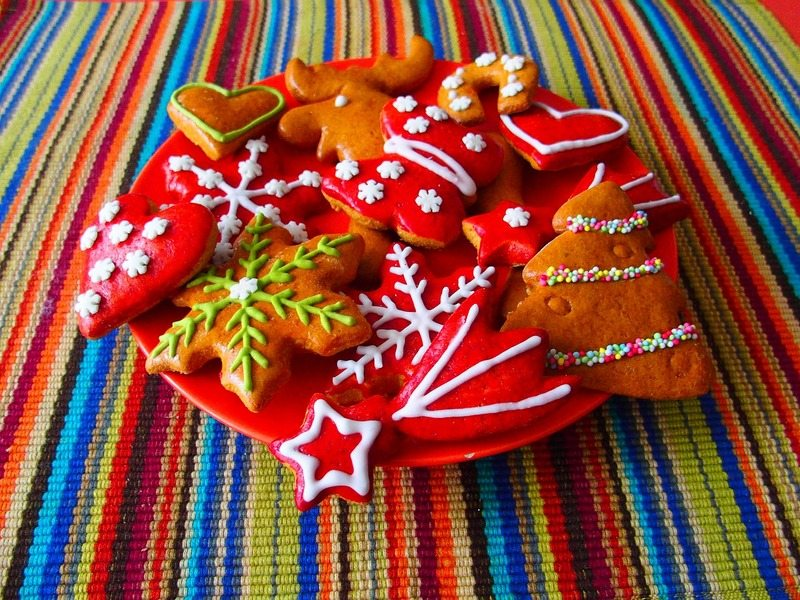 gingerbread-sweets-christmas-stars-color