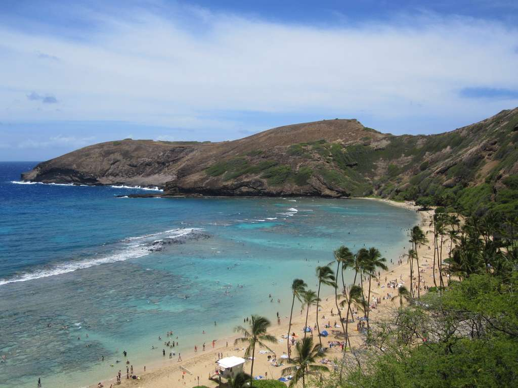 hanauma-bay-hawaii-beach-bay_PD