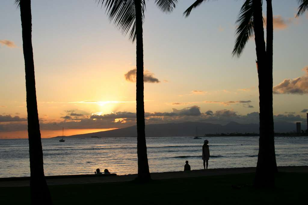 hawaii-waikiki-honolulu-beach PD