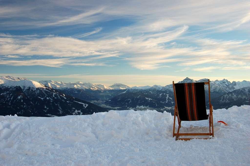 innsbruck-mountains-snow-sunset PD