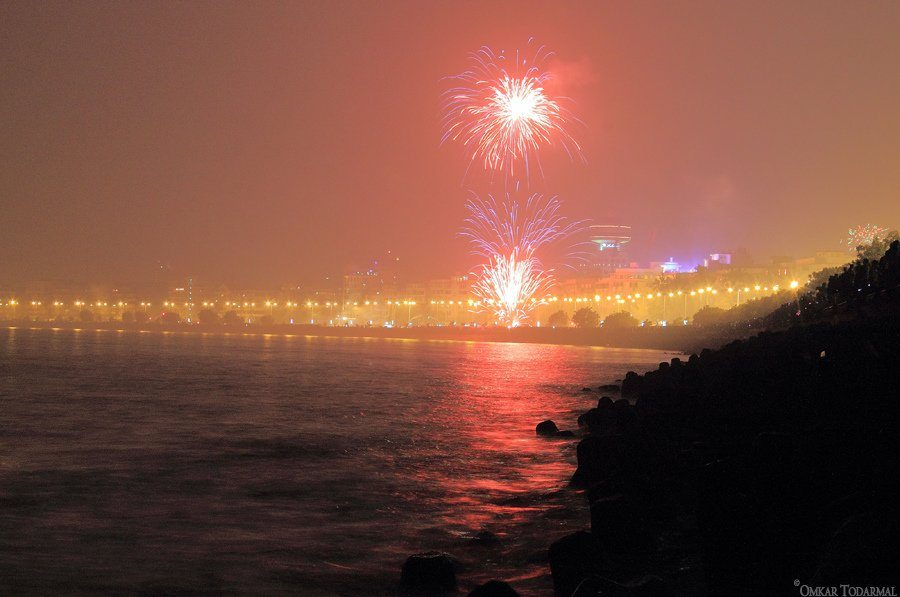 nariman-point-mumbai-maharashtra-fireworks-new-year-india