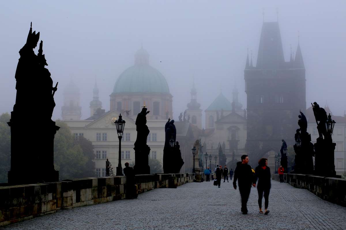 prague-in-the-morning-czech_PD