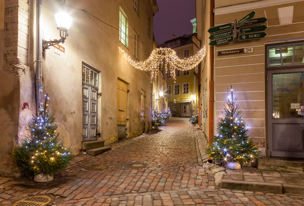 tallinn-streets-lights PD