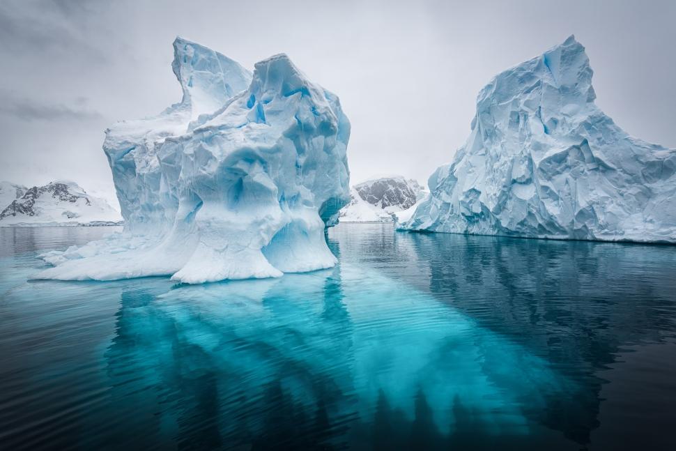 vanishing-destinations-antarctica-top-travel-trends