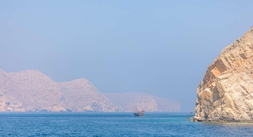 image_telegraph_island_kasab_oman_Musandam_Fjords_CC