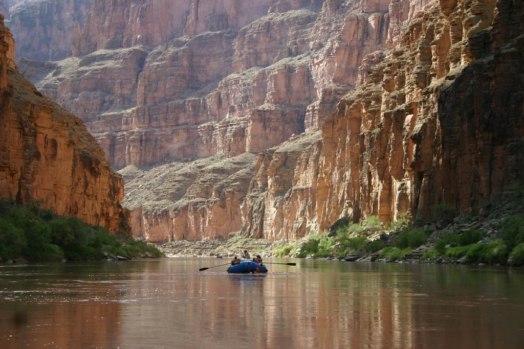 boating-colorado-river-grand-canyon_PD