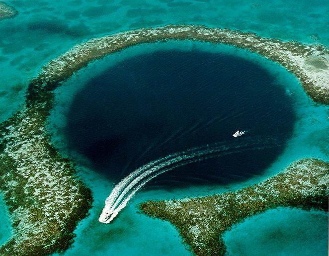 Great Blue Hole_Belize_PD