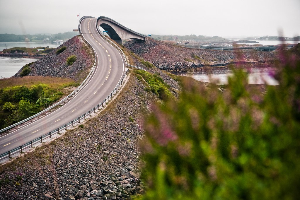 atlanterhavsveien-norway-road-bend