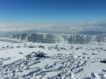 Mount Kilimanjaro. Mt Kilimanjaro_Africa_Tanzania_Kenya_Hiking_seven summits