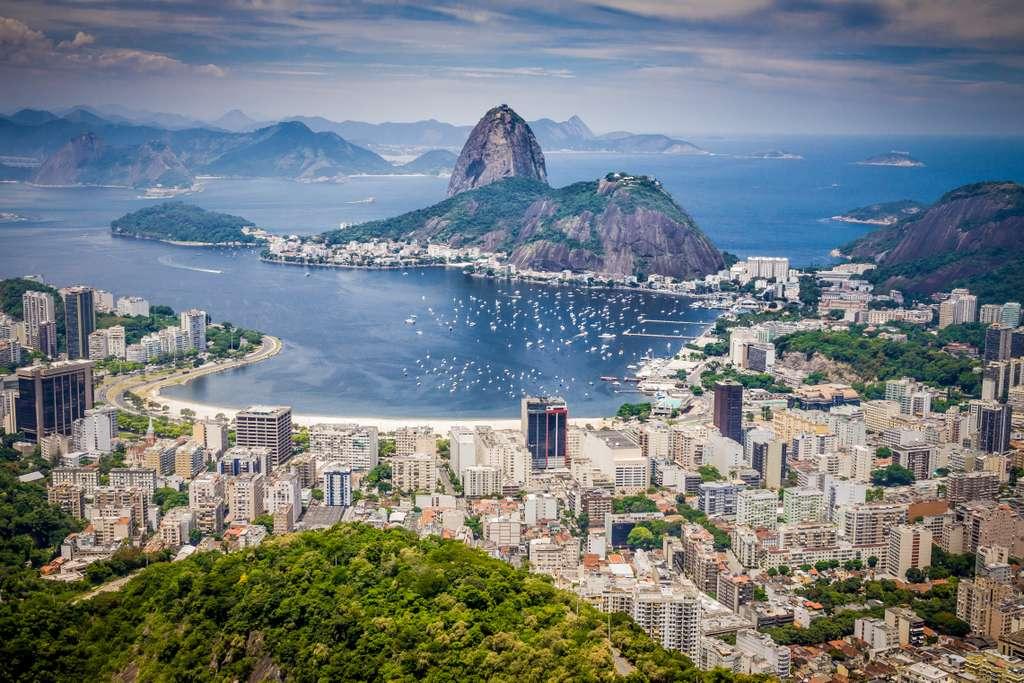 rio-de-janeiro-brasil-mountain
