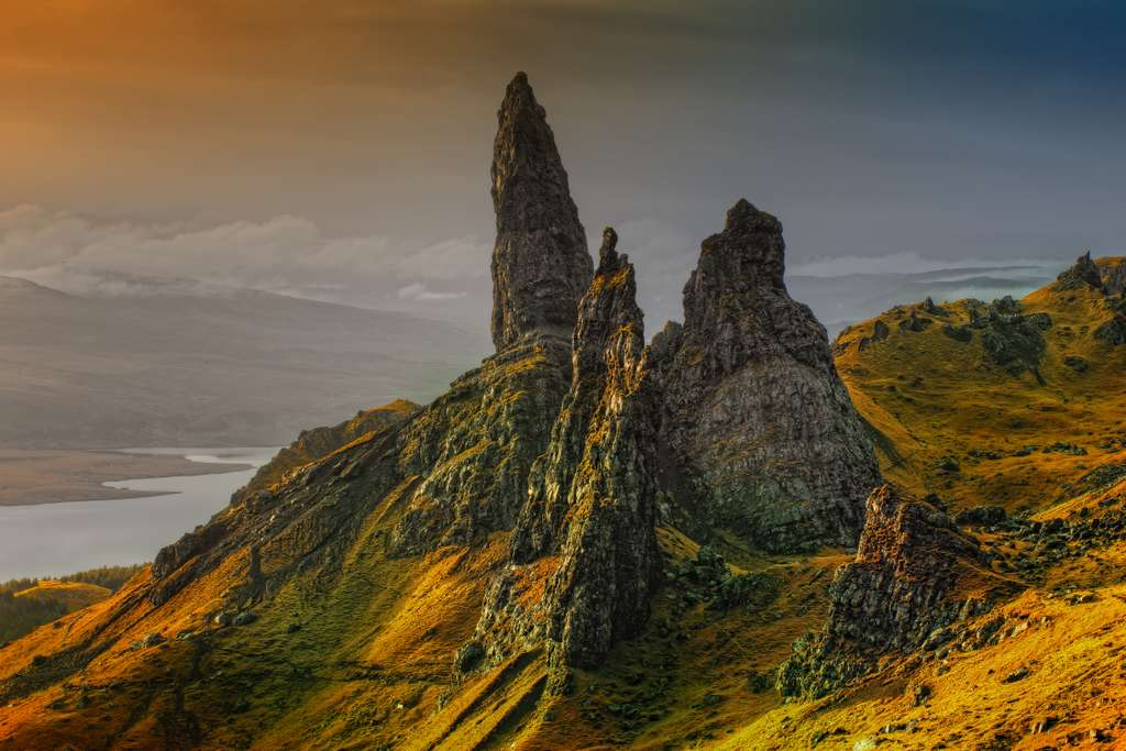 rock-scotland-isle-of-skye